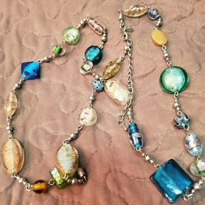 Like new glass bead necklace
